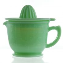Juicer Measuring Cup Depression Style Glass Green