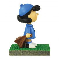 Lucy Bus Stop Mini Figurine_D